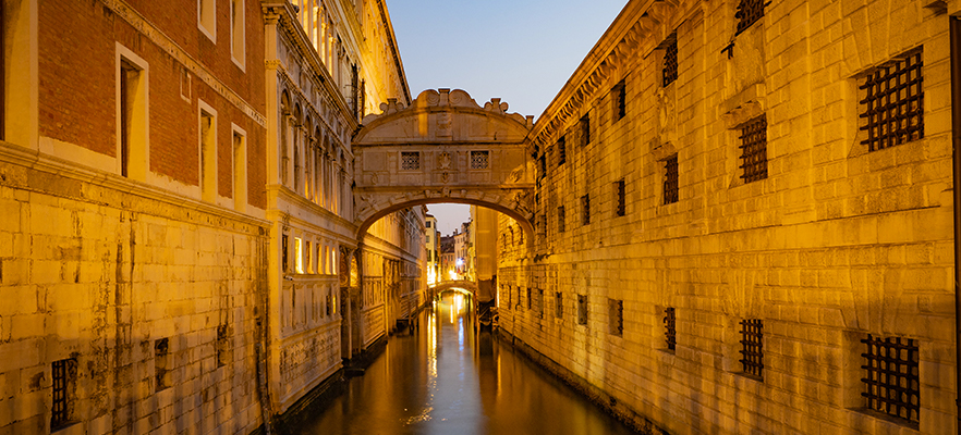 Casanova escape from Venice prison